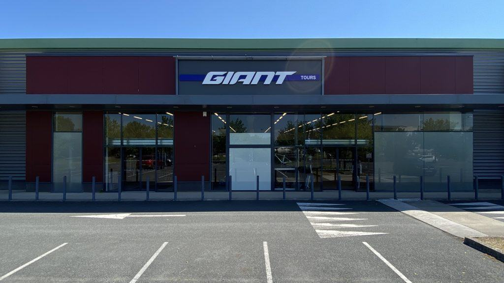 giant store tours-nord
